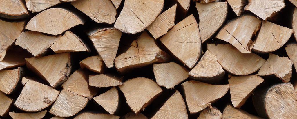 brennholz worauf sie beim kauf achten sollten baukram. Black Bedroom Furniture Sets. Home Design Ideas