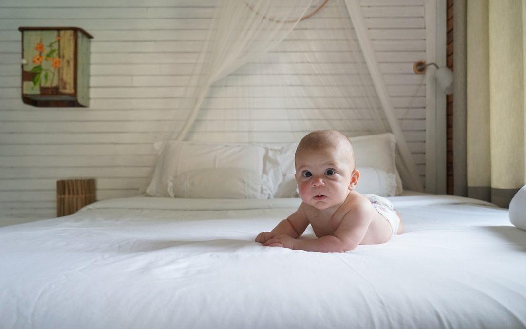 wie mache ich mein haus babysicher baukram. Black Bedroom Furniture Sets. Home Design Ideas